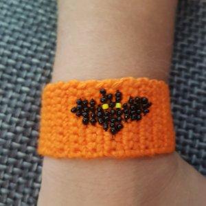 Bid Handmade Braccialetto sottile nero-arancione
