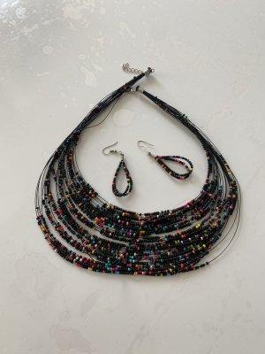 Collana di perle nero