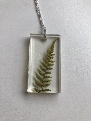 Collar color plata-verde bosque