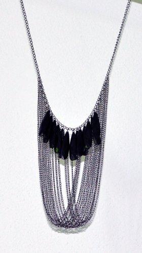 Halskette grau, Anhängerelemente grau, schwarz glänzend,