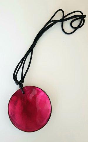 Culture Mix Collana di conchiglie rosso lampone Tessuto misto