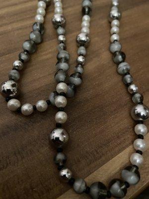 Collana bianco-grigio
