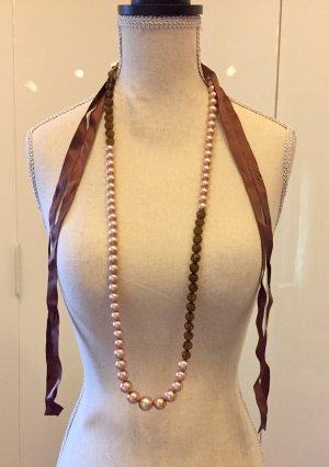 Halskette. Lanvin-Stil.