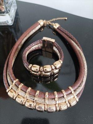 Halskette mit Armband