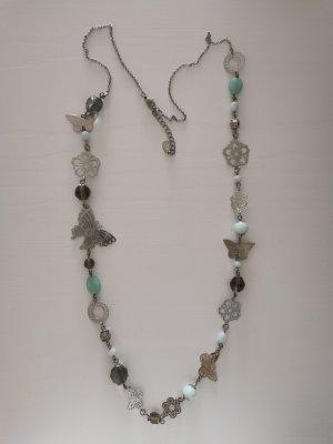 Halskette mit Schmetterling-Blumen-Design