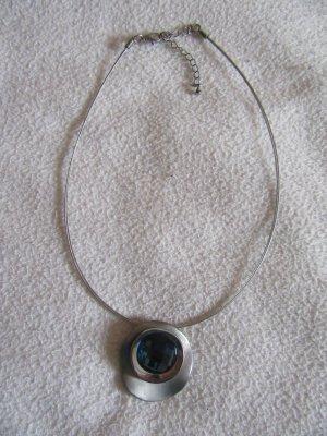 Collana argento-petrolio