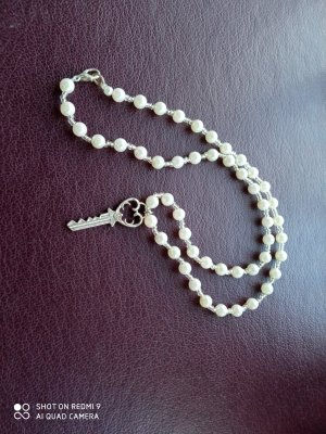 Collar de perlas color plata-blanco