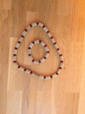 Halskette plus Armband