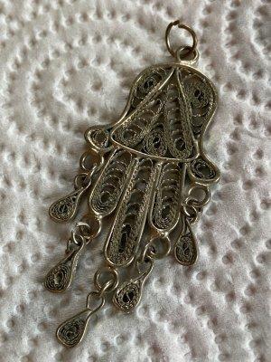 Medalik szary-srebrny