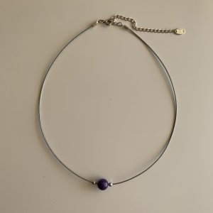 lbvyr Necklace silver-colored-dark violet