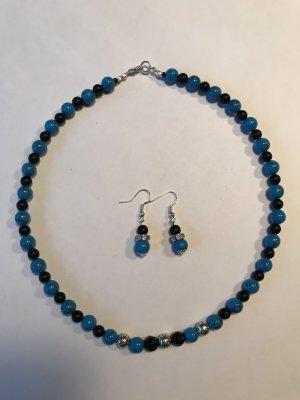 Handarbeit : Design Collier aus Türkis  Edelsteinen & Onyx Perlen / Neu / Unikat& passende Ohrringe !