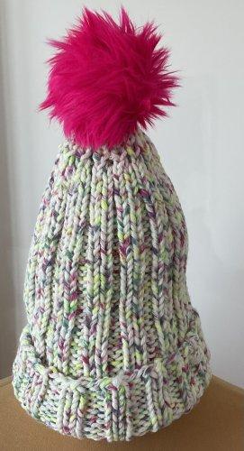 / Chapeau en tricot multicolore