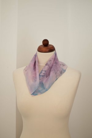 Handarbeit Silk Cloth azure-violet silk