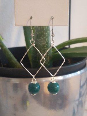 Handgemachte Ohrhänger mit Rauten-Anhänger und petrol-farbiger Perle