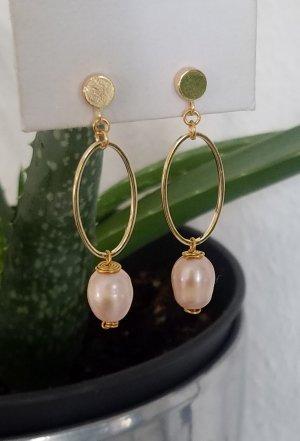 Handgemachte Ohrringe mit Süßwasserperle (Goldfarben)