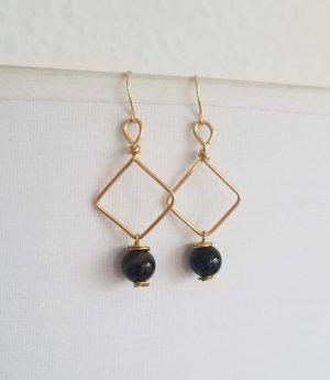 Handgemachter Ohrring mit Achat-Perle (Goldfarben)