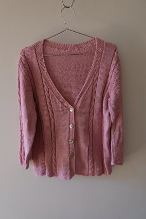 Cardigan a maglia grossa rosa