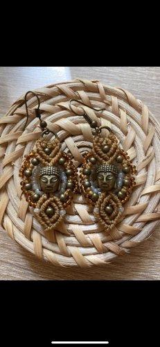 Handmade Makramee Buddha Ohrringe Goldbraun