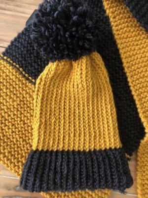 Écharpe en tricot noir-ocre