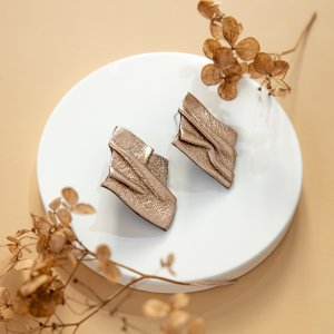 DIY Ear stud gold-colored leather