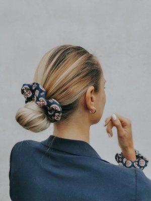 Haarband staalblauw-baksteenrood