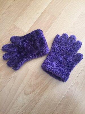 Gloves dark violet