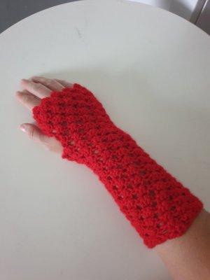 Fingerless Gloves red