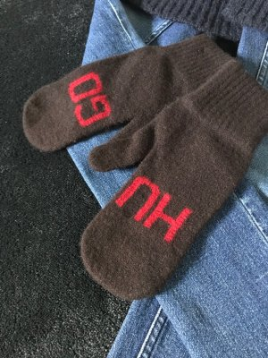 Hugo Boss Mittens dark brown-red wool