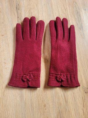 Fur Gloves carmine