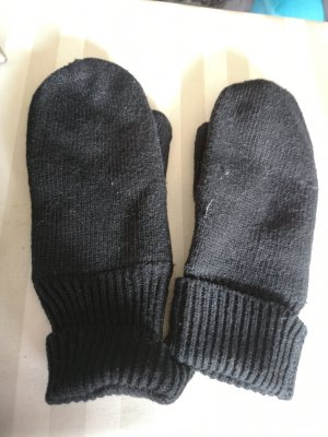 Gants en tricot noir