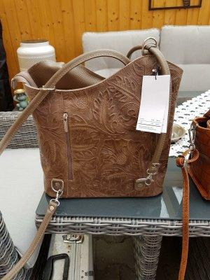 Handtasche als Rucksack Neu mit Etikett