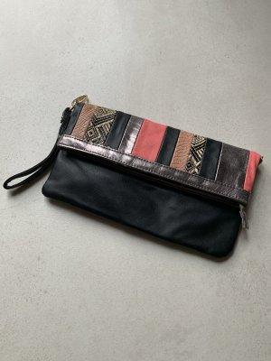 Handtasche Clutch gestreift Lachs schwarz Silber