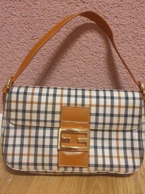 Handtasche/ Clutch Italianische Marke V.six