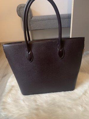 Handtasche in Dunkellila