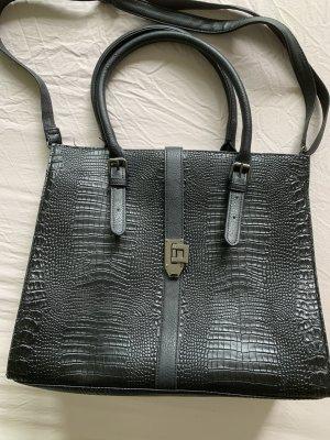 Handtasche mit Umhängefunktion