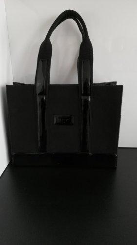 List Carry Bag black