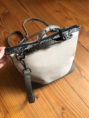 Handtasche von Topshop mit Snakeprint