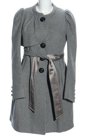 Hanii Y Abrigo de lana gris claro moteado look casual