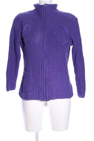Hartmut Leetink Chaqueta de lana lila punto trenzado look casual