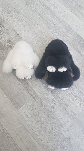 Llavero blanco-negro