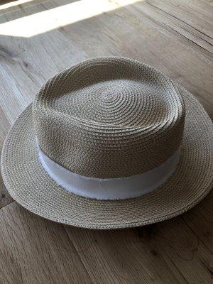 Chapeau de paille blanc-crème