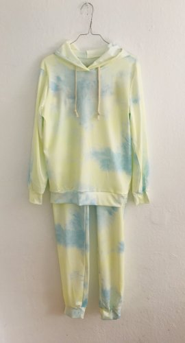 Leisure suit multicolored polyester