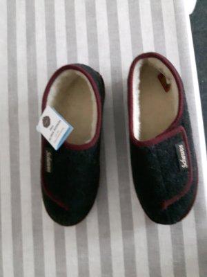 Pantoufles-chaussette noir feutre