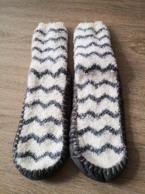 Pantoufles-chaussette gris clair