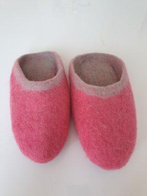 Botas de casa rosa