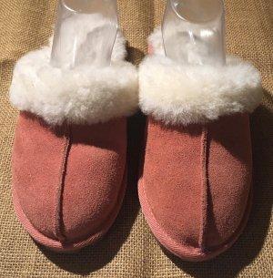 Scuffs pink-natural white