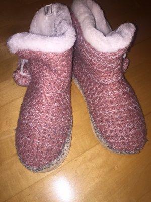 Pantoufles-chaussette rose clair-blanc