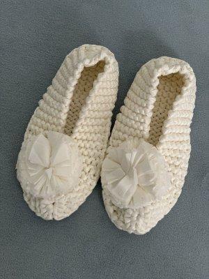 Pantoufles-chaussette blanc cassé