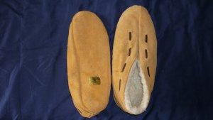 Botas de fieltro marrón arena-blanco