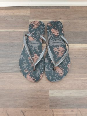 Havaianas Flip-Flop Sandals grey